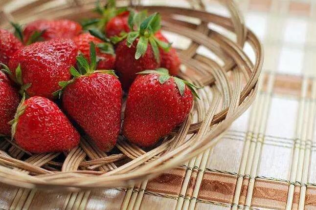 色情片在线草莓定植